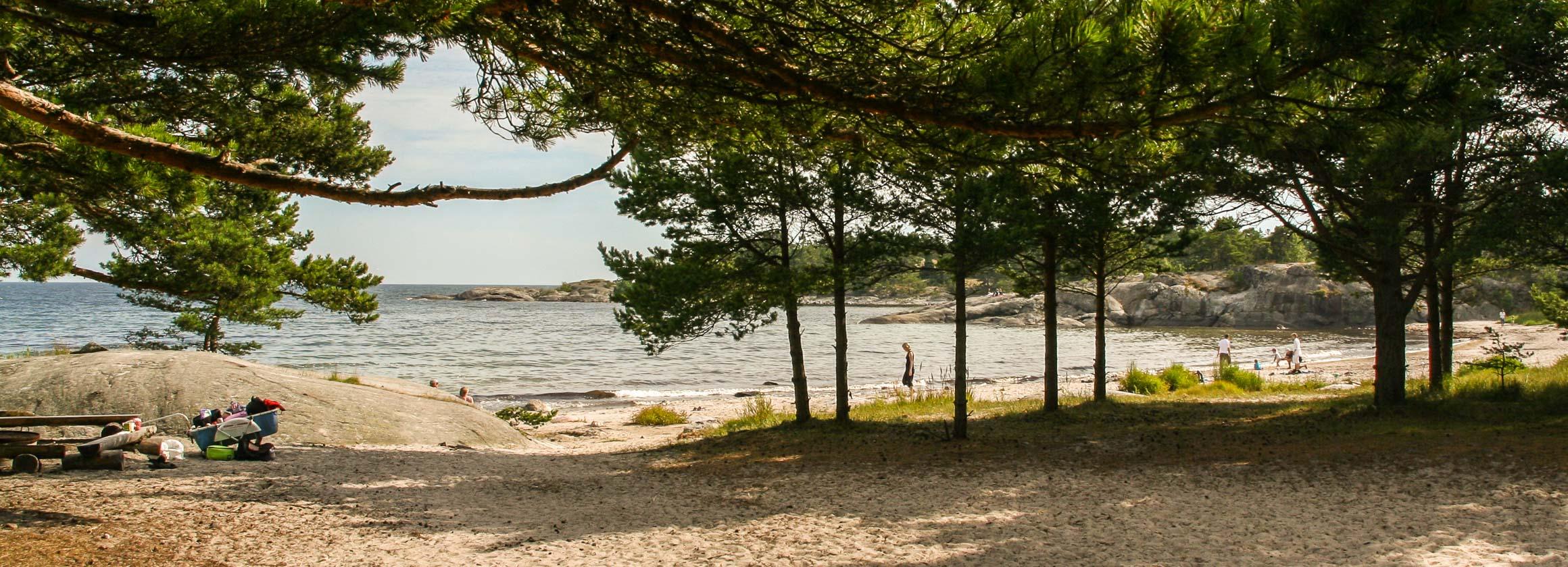 bada i skärgården stockholm